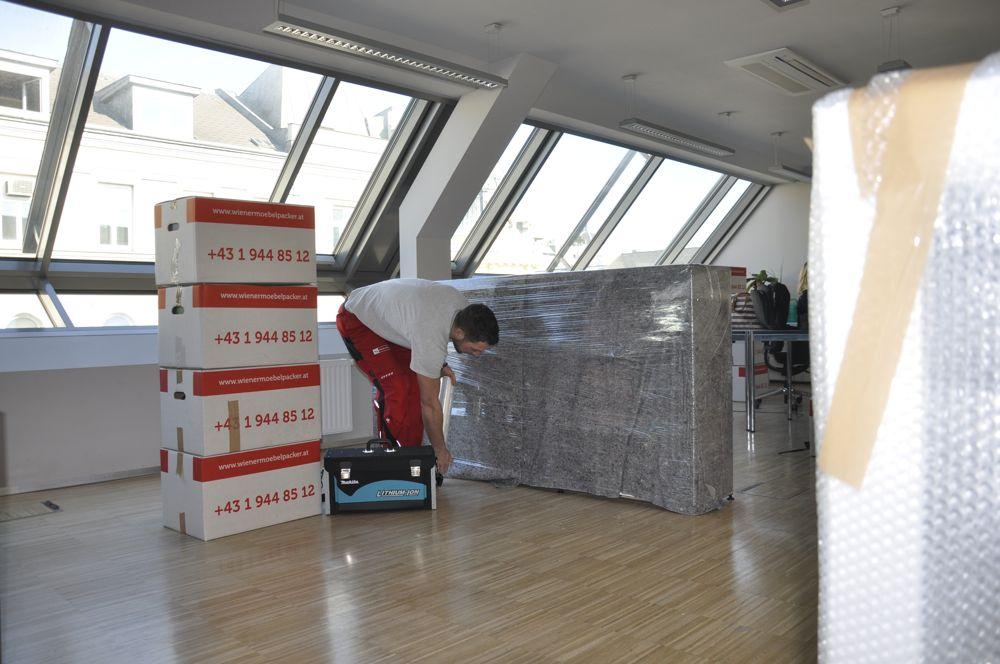 umzug wien deutschland wiener m belpacker. Black Bedroom Furniture Sets. Home Design Ideas