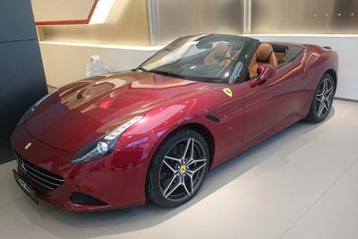 Ferrari Umzug1